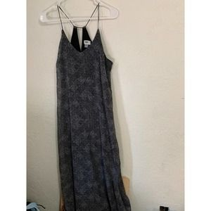 Old navy strappy maxi dress m